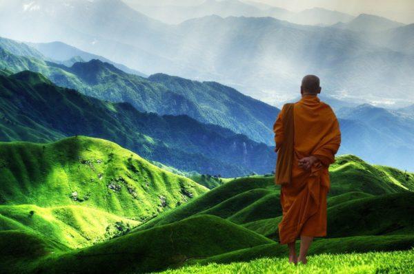 buddhist monk practicty empowered prayer